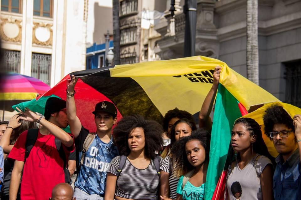 Organize sua comunidade, colabore, faça parte! Junte-se à Uneafro Brasil!