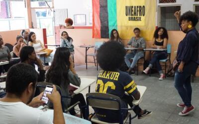 """""""Enem 2020 reforça as desigualdades e dificulta a aplicação da política de cotas"""", afirmam coordenadores da Uneafro Brasil"""